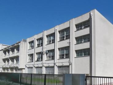 大阪市立瓜破中学校の画像1