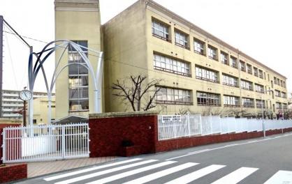 大阪市立真住中学校の画像1