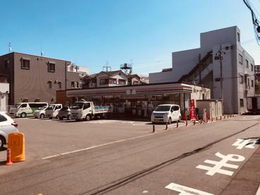 セブンイレブン大阪下新庄2丁目店の画像1