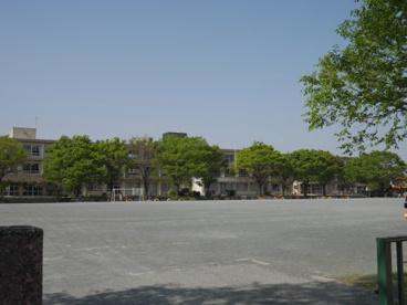 西尾市立鶴城小学校の画像2
