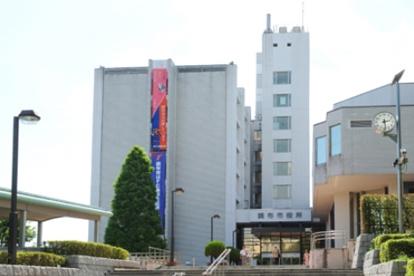 調布市役所の画像1