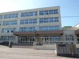 札幌市立琴似中学校の画像1