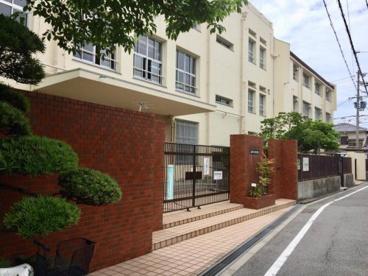 大阪市立遠里小野小学校の画像1