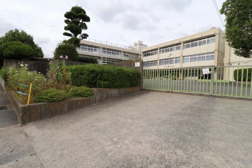 大野城市立下大利小学校の画像