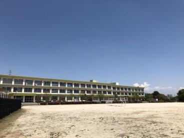 西野町小学校の画像2