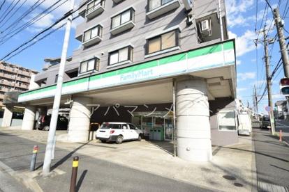 ファミリーマート戸塚名瀬町店の画像1