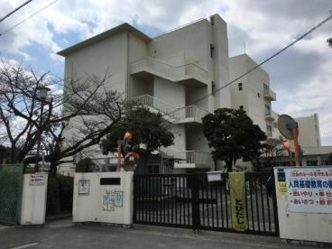 摂津市立鳥飼西小学校の画像1