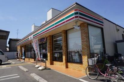 セブンイレブン杉本町店の画像1