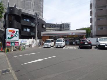 セブンイレブン 板付バス停前店の画像1