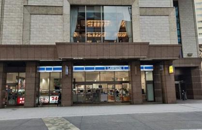 ローソン ホテル京阪ユローソン ホテル京阪ユニバーサルタワー店ニバーサルタワー店の画像1