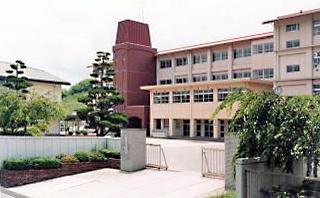 福山市立精華中学校の画像1