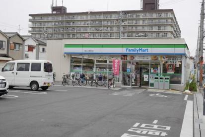 ファミリーマート 八尾上之島町北店の画像1