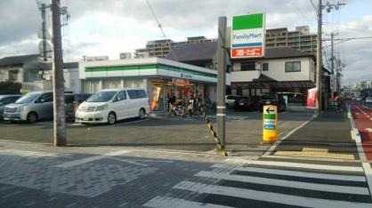 ファミリーマート近松公園店の画像1
