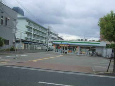 ファミリーマート塚口本町6の画像1