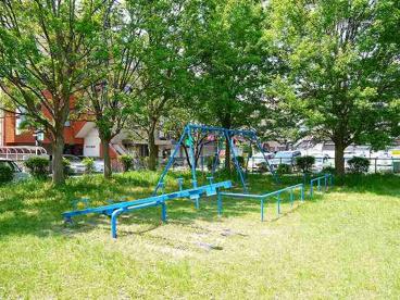 芝辻町四丁目児童公園の画像2
