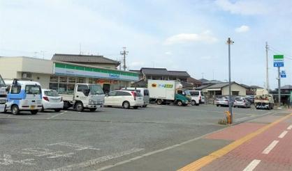 ファミリーマート/富士見羽沢三丁目店の画像1