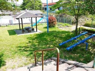 奈良阪町街区公園の画像1