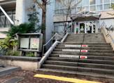 杉並区立高円寺図書館