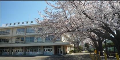 小平市立学園東小学校の画像1