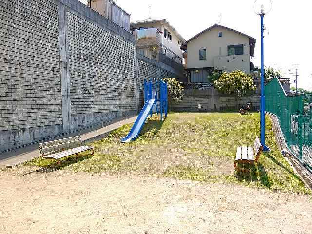 奈良阪第2号街区公園の画像