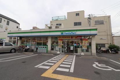 ファミリーマート 今津中3丁目店の画像1