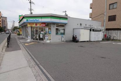 ファミリーマート 鶴見今津北店の画像1