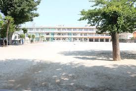 前橋市立岩神小学校の画像1