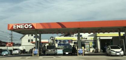 鈴与オイルサービス豊橋丘崎六ツ美給油所の画像1