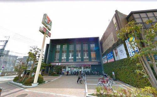 セブンイレブン 宇治京阪木幡駅前店の画像