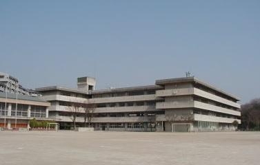 吹田市立西山田小学校の画像1