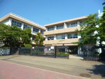 西宮市立浜甲子園中学校の画像1