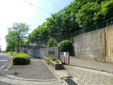 川崎市立南菅中学校の画像1