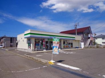 ファミリーマート新津荻川店の画像1