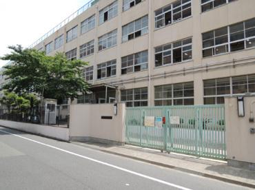 東大阪市立西堤小学校の画像1