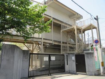 東大阪市立花園小学校の画像1