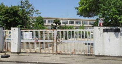 東大阪市立縄手北小学校の画像1