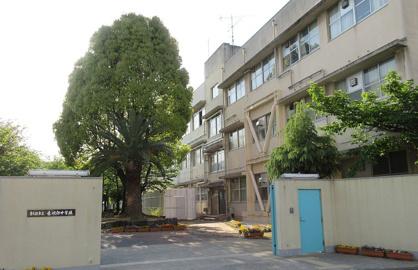 東大阪市立意岐部中学校の画像1