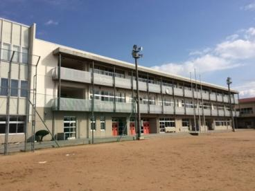 魚津市立道下小学校の画像1