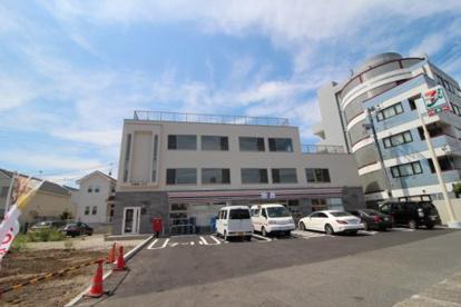 セブンイレブン 川崎末長店の画像1