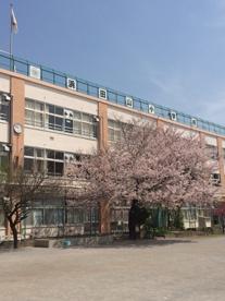 杉並区立浜田山小学校の画像1