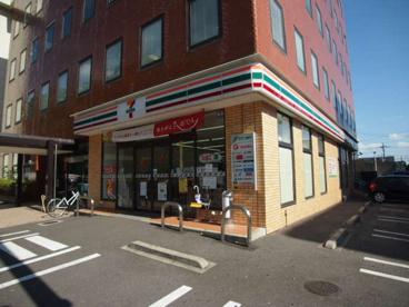 セブンイレブン 千葉中央郵便局前店の画像1