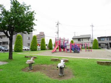 平松本町石沢西児童公園の画像4