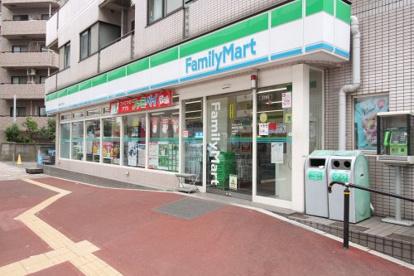 ファミリーマート 滝野川五丁目店の画像1