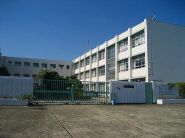 寝屋川市立明和小学校の画像1