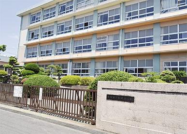 平塚市立松延小学校の画像1