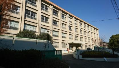西宮市立平木中学校の画像1