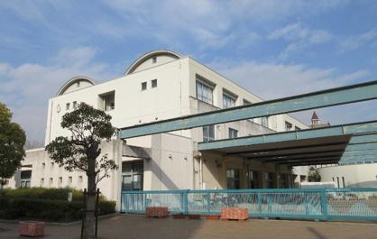 西宮市立西宮浜中学校の画像1