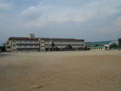 前橋市立荒砥中学校の画像1