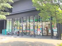 ファミリーマート 早稲田大学中野プラザ店