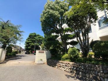 昭島市立拝島中学校の画像1